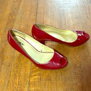 🌳 Mossimo Red Patent Leather Peep Toe Shoes
